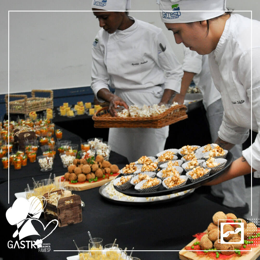 aulas-praticas-curso-gastronomia-turma-sgnu-famesp